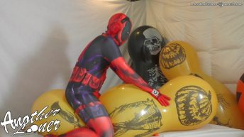 Balloon-Doll-Jumping-On-and-Trying-To-Pop-Halloween-2019-Ses-26-Vid-7