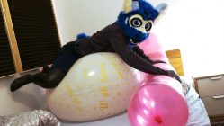 nonpop-Humping-Balloons-in-my-Bedroom