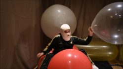 Cleaning-balloon-room