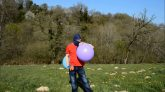 Blow-to-pop-2-balloons