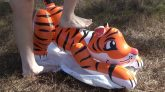 Pouncing-Tiger-Squeeze-Deflation
